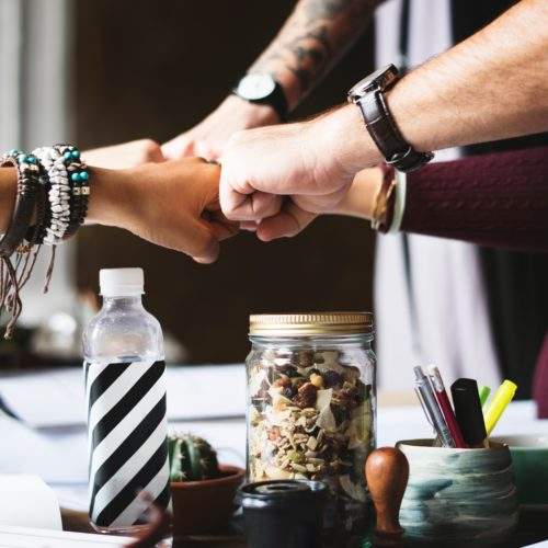 team pacesetter Incentivizing Associate Productivity